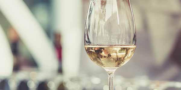 Does white wine go bad
