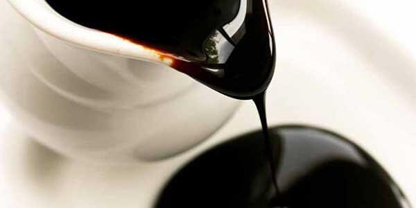 How long does molasses last