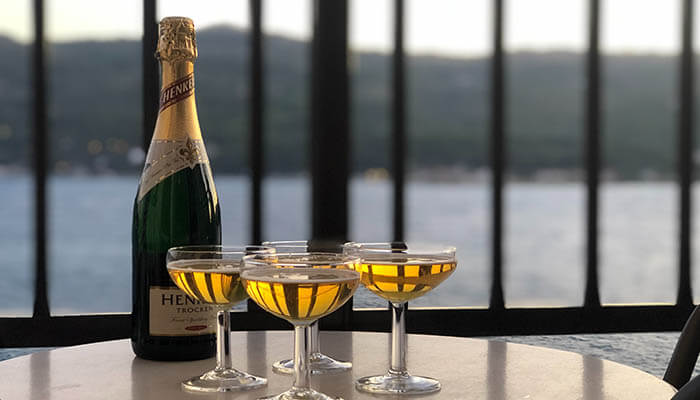 Should you Freeze Champagne